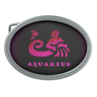 アクエリアスの(占星術の)十二宮図の記号 卵形バックル