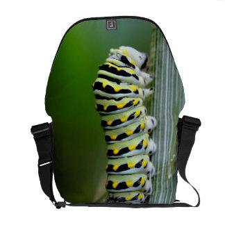 アゲハチョウの幼虫 メッセンジャーバッグ
