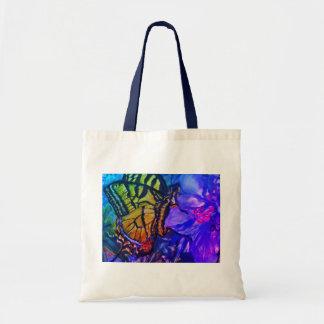 アゲハチョウの蝶紫色の花 トートバッグ