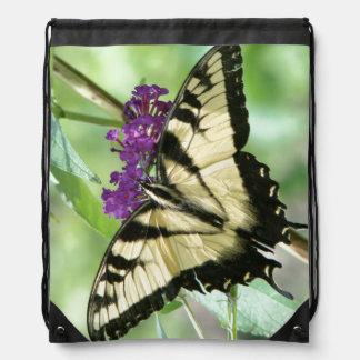 アゲハチョウの蝶花柄の花のバックパック ナップサック
