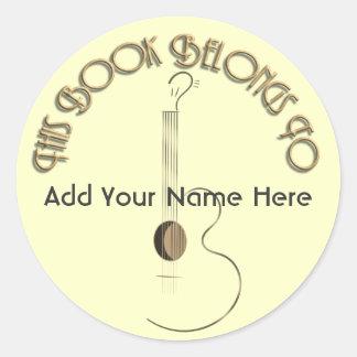 アコースティックギターのロゴのデザインの蔵書票のステッカー ラウンドシール