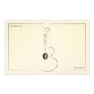 アコースティックギターのロゴのデザインのNotepaper 便箋
