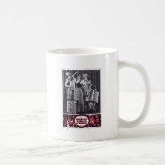 アコーディオンの女の子のヴィンテージの広告 コーヒーマグカップ