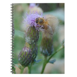 アザミの蜂蜜の蜂 ノートブック