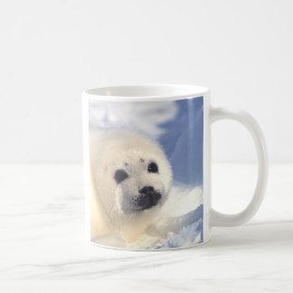 アザラシの子の顔 コーヒーマグカップ
