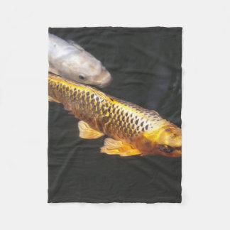 アジアのコイの魚 フリースブランケット