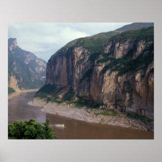 アジアの中国、揚子江、三峡。 ポスター