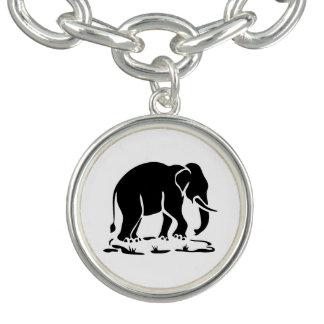 アジアゾウの前方にタイ象の移住の印 ブレスレット