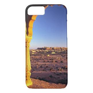 アジア、インド、ラージャスターン州、Jaisalmer。 眺めからの iPhone 8/7ケース