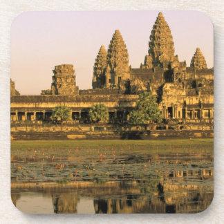 アジア、カンボジア、シェムリアップ。 アンコール・ワット。 コースター