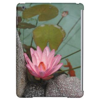 アジア、ベトナム。 寺院の池のスイレン iPad AIRケース