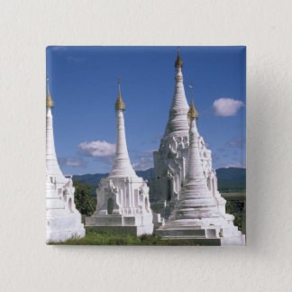 アジア、ミャンマーのInle湖。 塔。 2 5.1cm 正方形バッジ