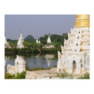 アジア、ミャンマー(ビルマ)、マンダレイ。 仏教徒 はがき