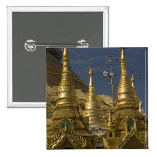 アジア、ミャンマー、ヤンゴン。 Shwedagonの金stupa 5.1cm 正方形バッジ