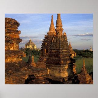 アジア、ミャンマー、Bagan。 古代寺院 ポスター