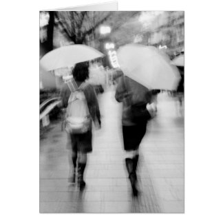 アジア、日本、東京。 若い女性および傘 カード