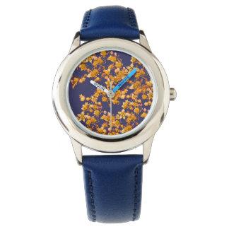 アジサイオレンジおよび海軍 腕時計