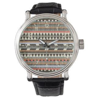 アズテック派のパターン 腕時計