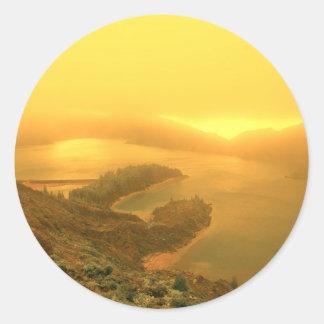 アゾレスの島の湖 ラウンドシール