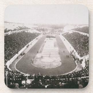 アテネの最初の公式のオリンピック大会の眺め コースター