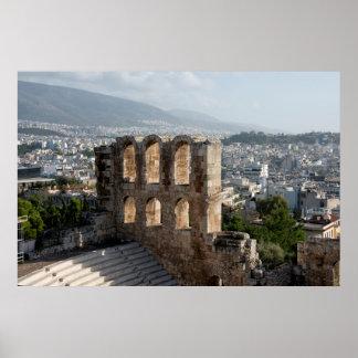 アテネを見落とすアクロポリスの古代台なし ポスター