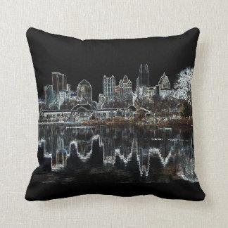 アトランタAglow都市スカイラインの枕 クッション