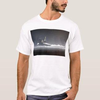 アトランティスのスペースシャトル) Tシャツ