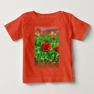アネモネのCoronariaのベビーの罰金のジャージーの赤いTシャツ ベビーTシャツ