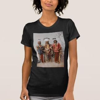 アパッシュの責任者ガーフィールドOuche Te Foya 1899年 Tシャツ
