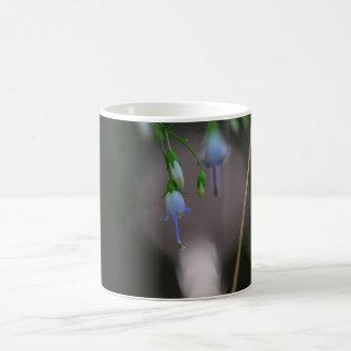 アパラチア山脈のホタルブクロの青い野生の花のマグのコップ コーヒーマグカップ