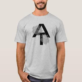 アパラチア山脈の道くま足のワイシャツ Tシャツ