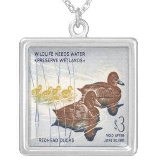 アヒルの切手のネックレス シルバープレートネックレス