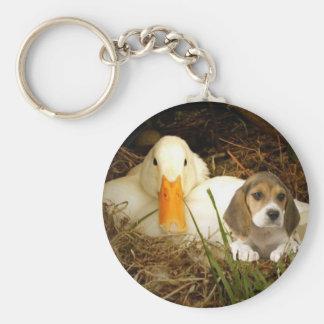 アヒルを持つビーグル犬Keychain キーホルダー