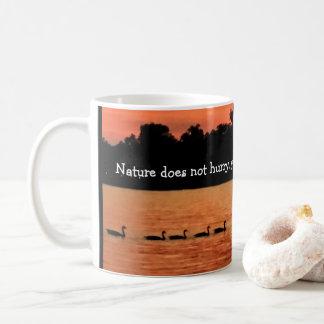 アヒル続けて-ルーイスビル; タオTzuの引用文のマグ コーヒーマグカップ