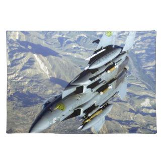 アフガニスタンF-15は天気の良い日を過します ランチョンマット