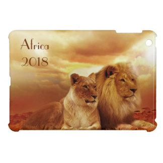 アフリカでリラックスしているライオン iPad MINIケース