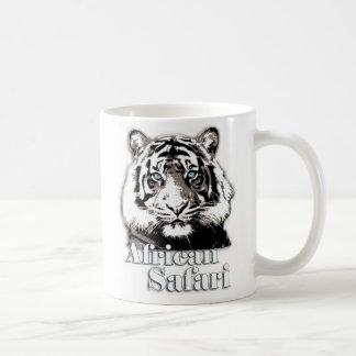 アフリカのサファリの名前入りなマグ コーヒーマグカップ