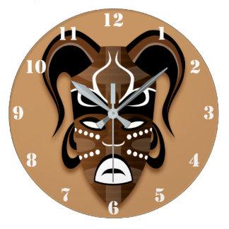 アフリカのマスクの(白い数と)柱時計 ラージ壁時計
