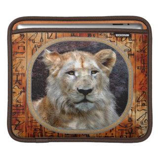 アフリカのライオンの絶滅寸前の動物のiPadの袖 iPadスリーブ