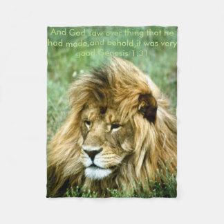 アフリカのライオン フリースブランケット