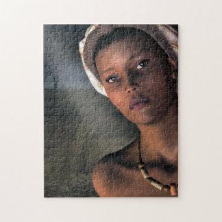 アフリカの女性のポートレート ジグソーパズル