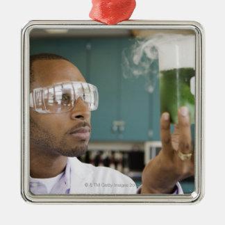 アフリカの科学者の検査の実験 メタルオーナメント