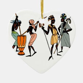 アフリカの種族の磁器のハートのオーナメント セラミックオーナメント