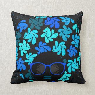 アフリカの花型女性歌手の青緑及び黒の枕 クッション