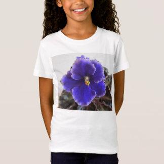 アフリカバイオレットの咲くこと Tシャツ