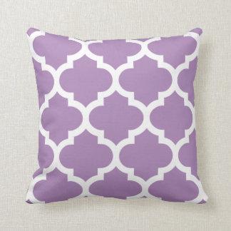 アフリカバイオレットの紫色のクローバーの枕 クッション