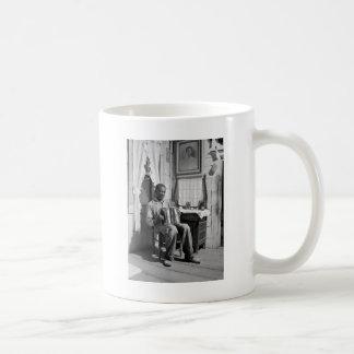 アフリカ系アメリカ人のアコーディオンPlayer 1941年 コーヒーマグカップ