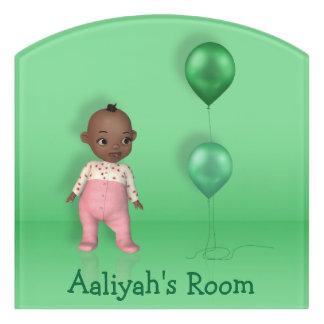 アフリカ系アメリカ人の女の赤ちゃんの名前これ! -部屋の印 ドアサイン