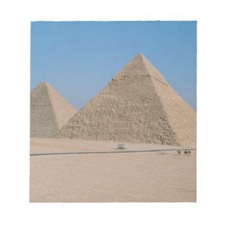 アフリカ-エジプト-カイロ-ギーザの素晴らしいピラミッド、 ノートパッド