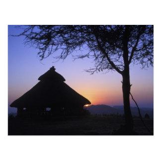 アフリカ、エチオピアのOmoの川の地域、日没 ポストカード